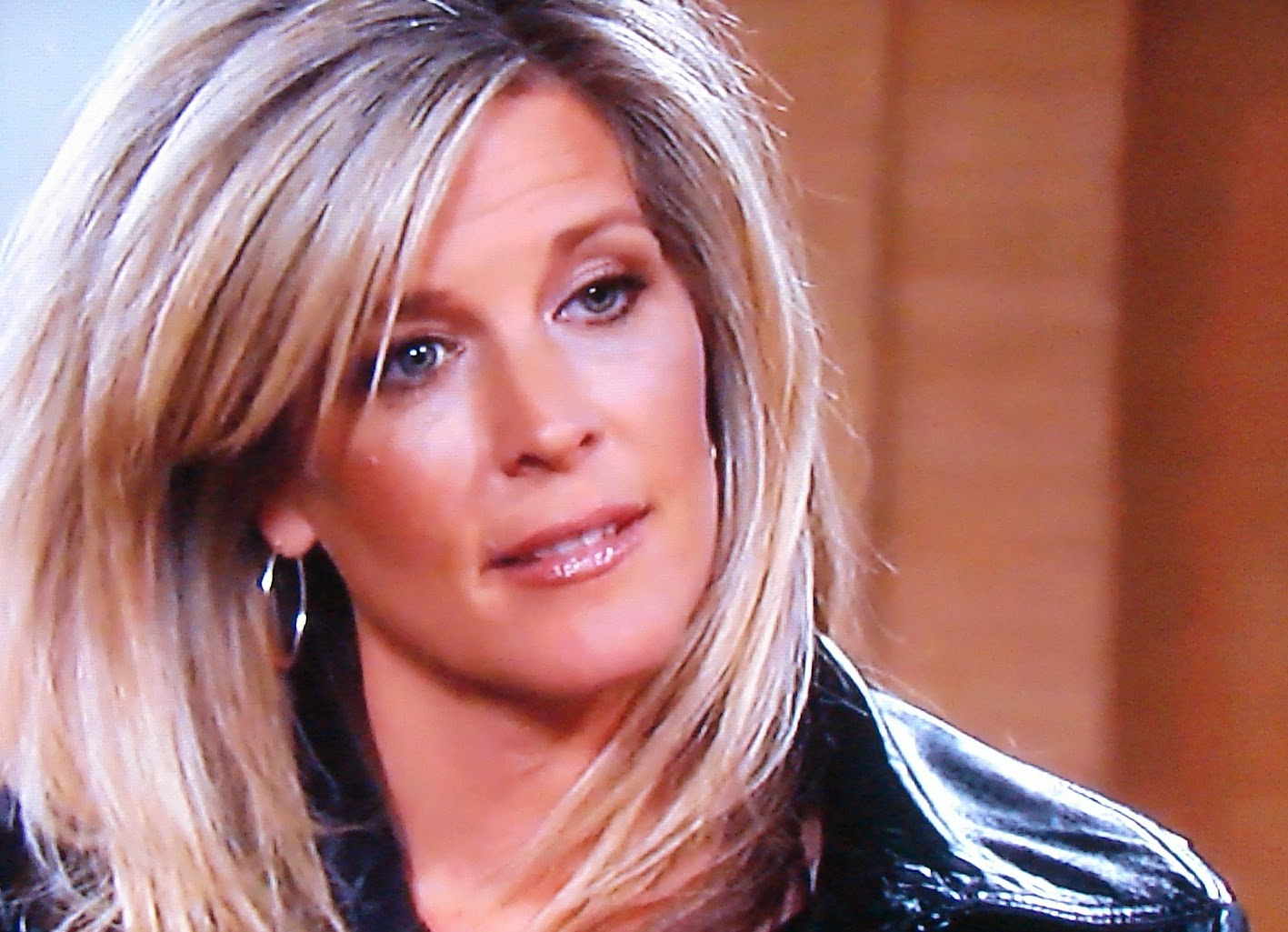 Who is carly hookup on general hospital