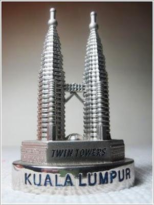 3 Oleh Oleh Khas Malaysia Untuk Keluarga Dirumah