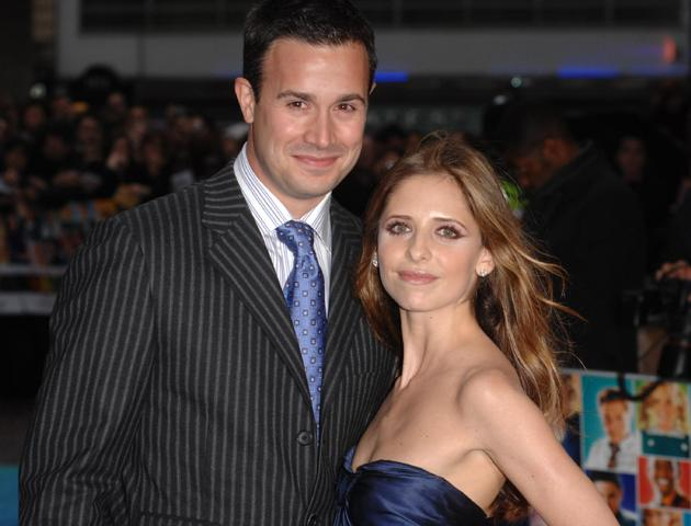 Hollywood Stars: Sarah Michelle Gellar With Her Husband ... Anna Paquin Dating