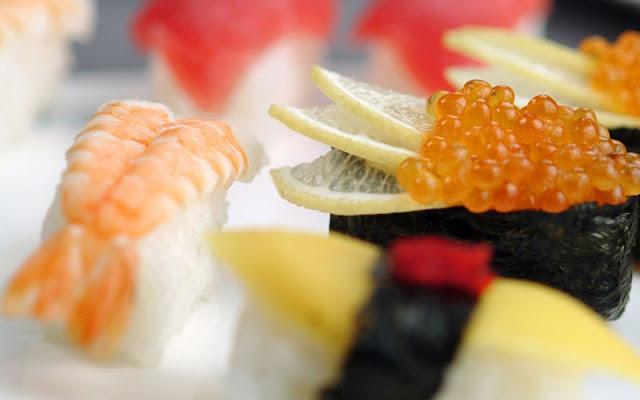 Food  Fresh Sushi