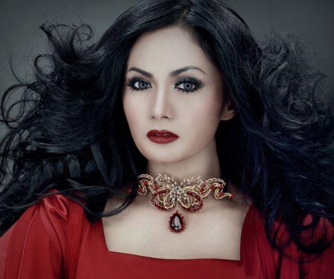 Krisdayanti-Indonesia Singer