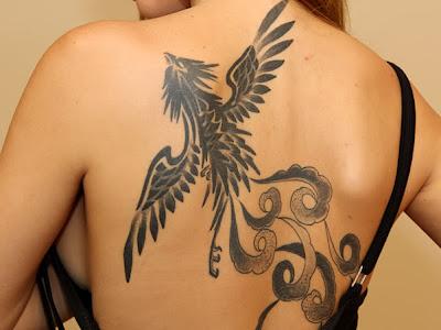 Tatuagens nas Costas feminina