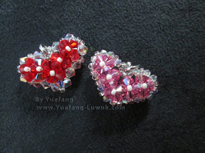 Beaded_heapendants_with_different_sizes_outer_beads_Light-siam-AB_Rose-AB