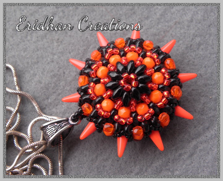Sea Urchin - beaded pendant tutorial