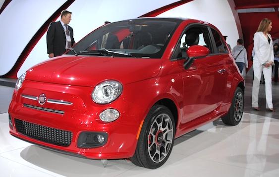 Car Overview: 2013 Fiat 500C