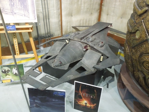 Hollywood Movie Costumes And Props Merc Ship Model From The Chronicles Of Riddick On Display