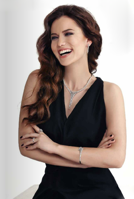 Irem altug turkish celebrities 07 eve giden yol - 4 3