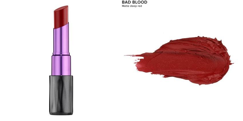 Matte Revolution Lipstick Urban Decay - BAD BLOOD