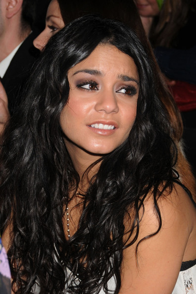 vanessa hudgens leaked photos 2011. VANESSA HUDGENS LEAKED 2011