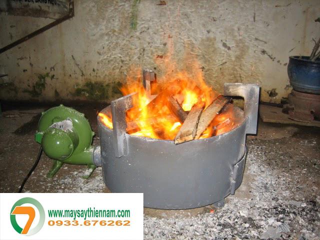 Bếp củi công nghiệp không khói