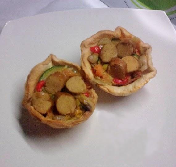 Tartaletas de Sofrito Vegetal con Salchichas Veganas