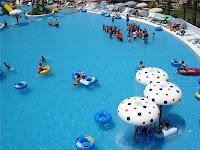 balçova-termal-otel-açık-yüzme-havuzu-fotoğraf