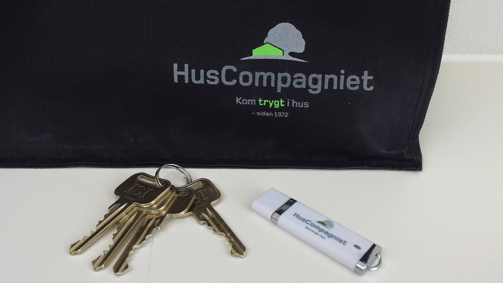 Nøgler og plantegninger til vores Huscompagniet-hus.