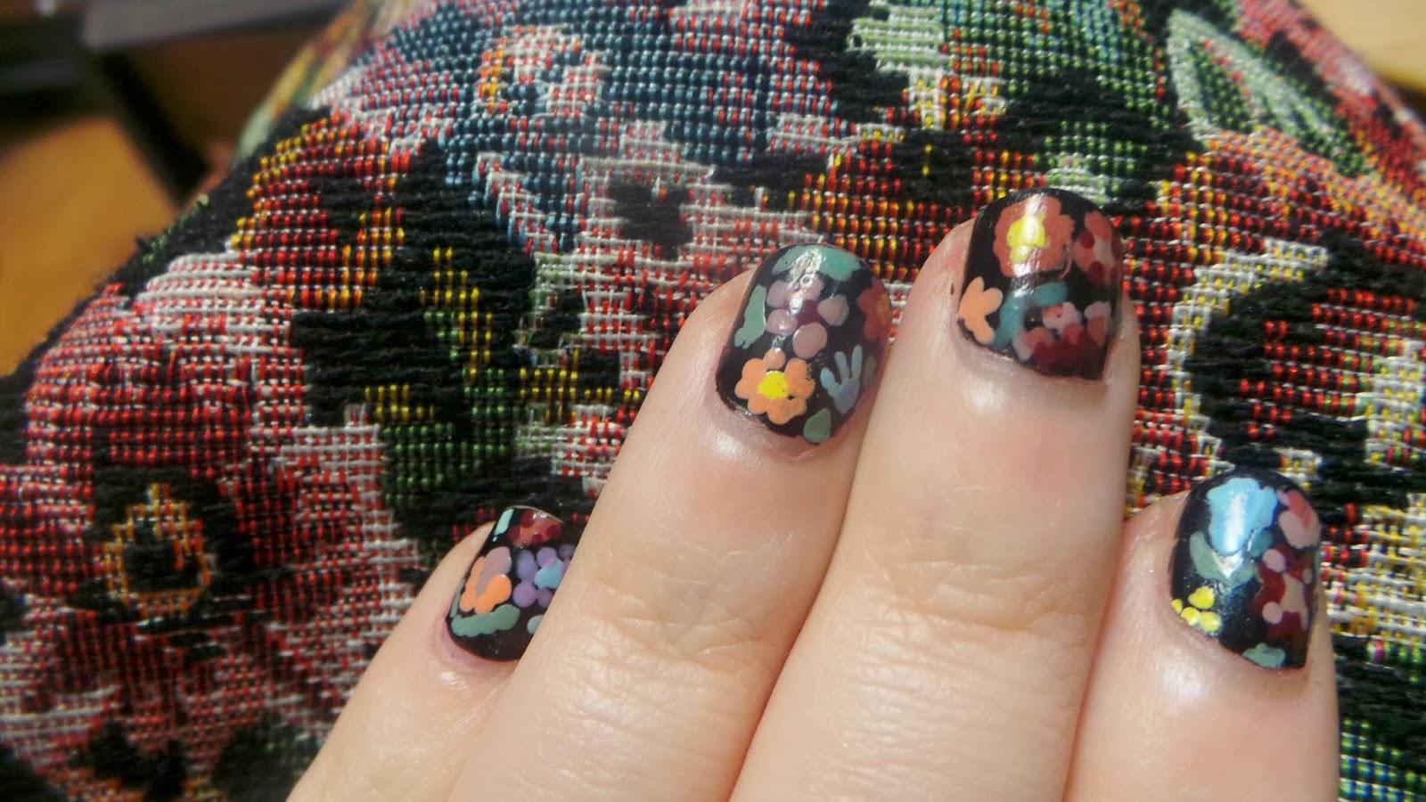flowes on black nails