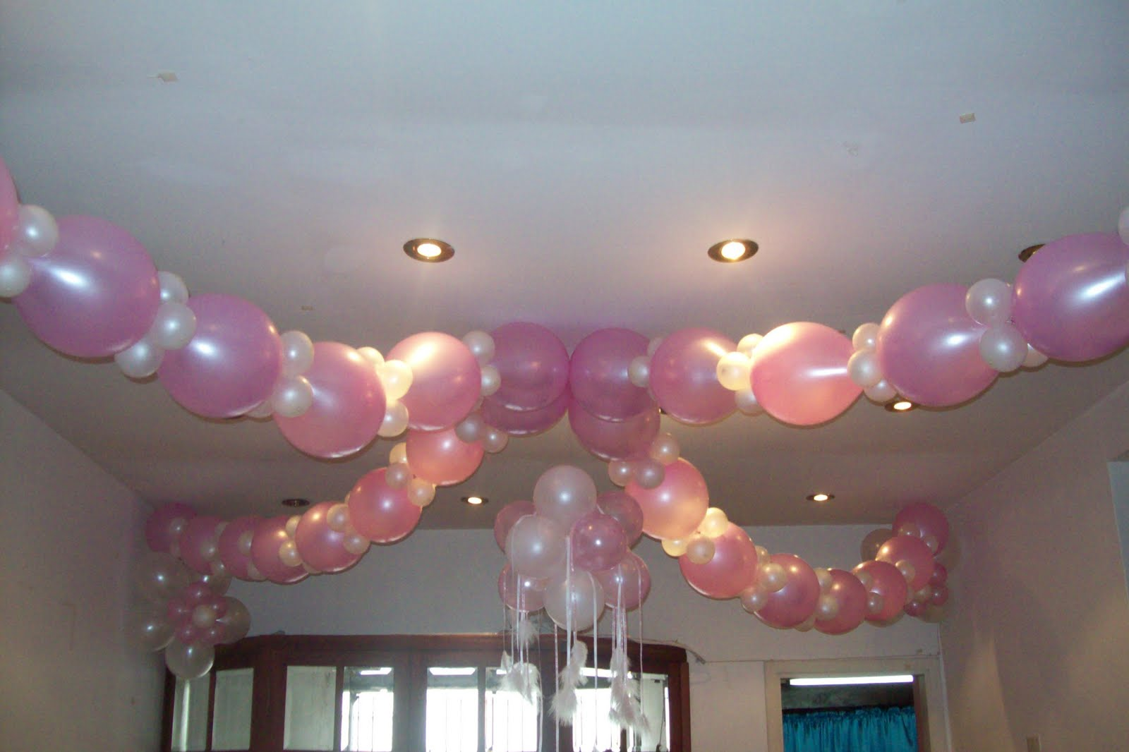 Decoracion con globos decoracion con globos para 15 a os for Figuras de decoracion
