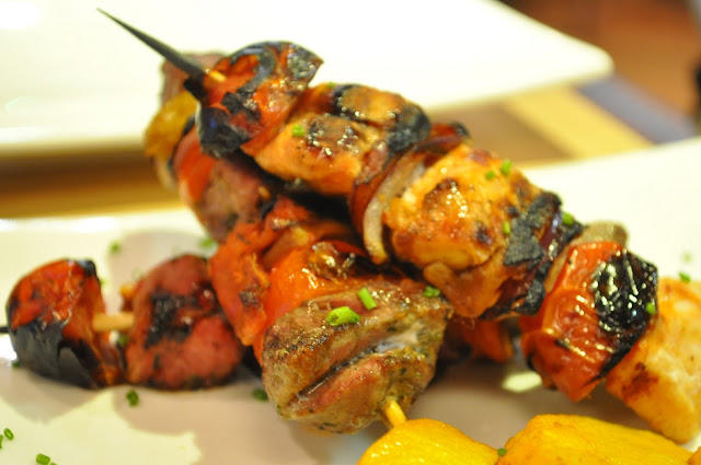 Comedor+Islington+Upper+Street+review+meat+skewers+brocheta+mixes