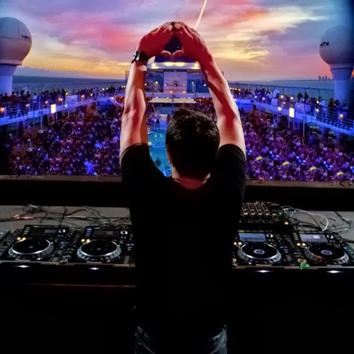 Global DJ Broadcast by Markus Schulz