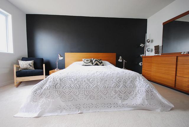 Creative influences dark walls for Black feature wall bedroom