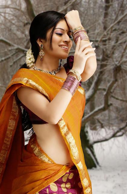 Nisha Shetty Hot n Sexy Photo Gallery