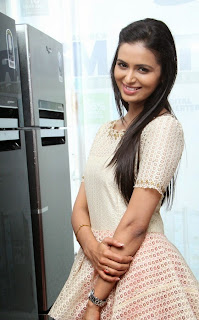 Actress Meenakshi Dixit Latest Pictures at Yes Mart Launch  26.jpg