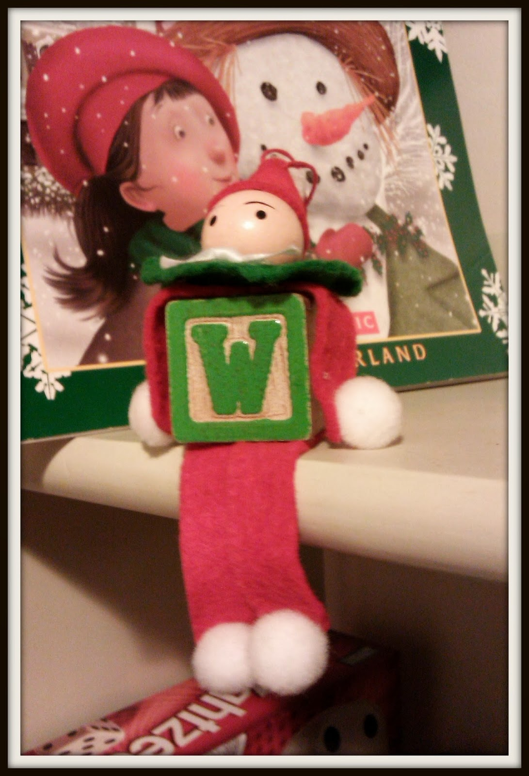 Double treble craft adventures wooden block elf on a for Elf shelf craft show