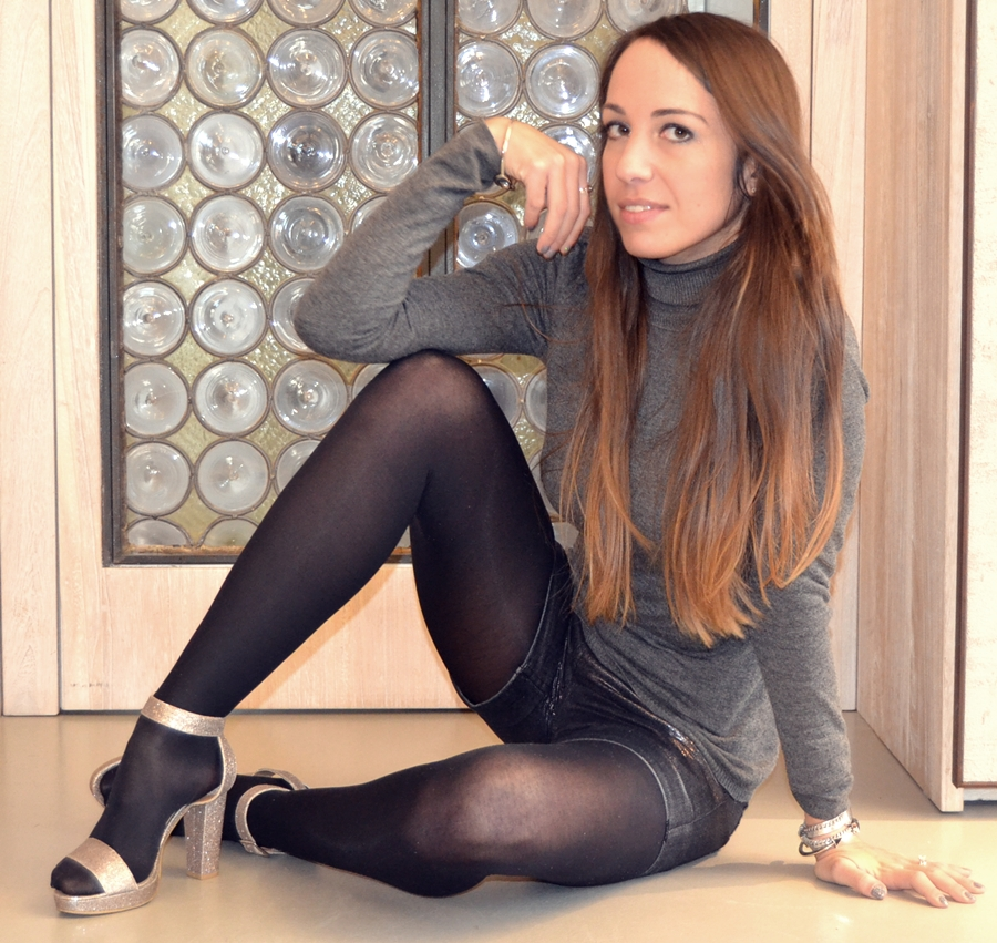 Hot girls in black tights