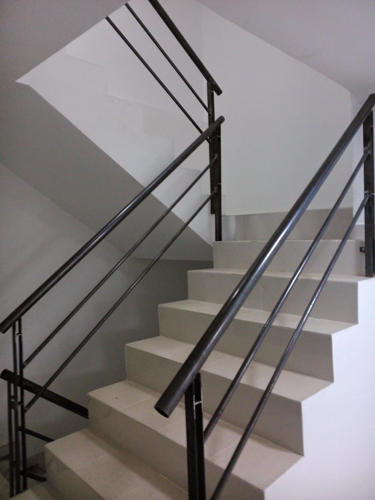 Indumetalicas martinez y palau escaleras y barandas - Barandas de madera para escaleras ...