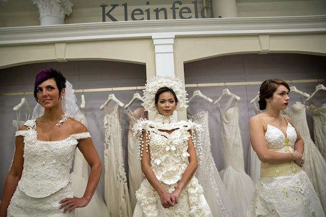 Hochzeitskleider aus Klopapier | Gerrys Blog