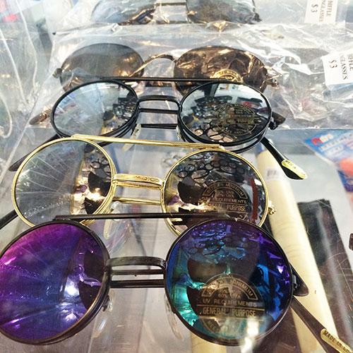 vintage sunglasses, vintage aviators, Cleveland street flea market, flea market, Memphis thrift stores