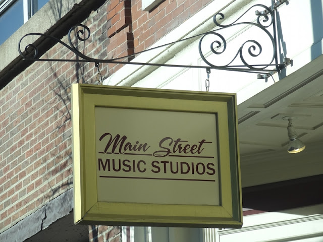 Main_Street_Music_Studios,Downtown,Bangor,Maine,KahBang,2012,Sound_Off,Young_and_Free_Maine