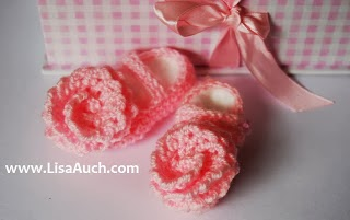 Free crochet patterns and designs by lisaauch baby booties free free crochet pattern dt1010fo