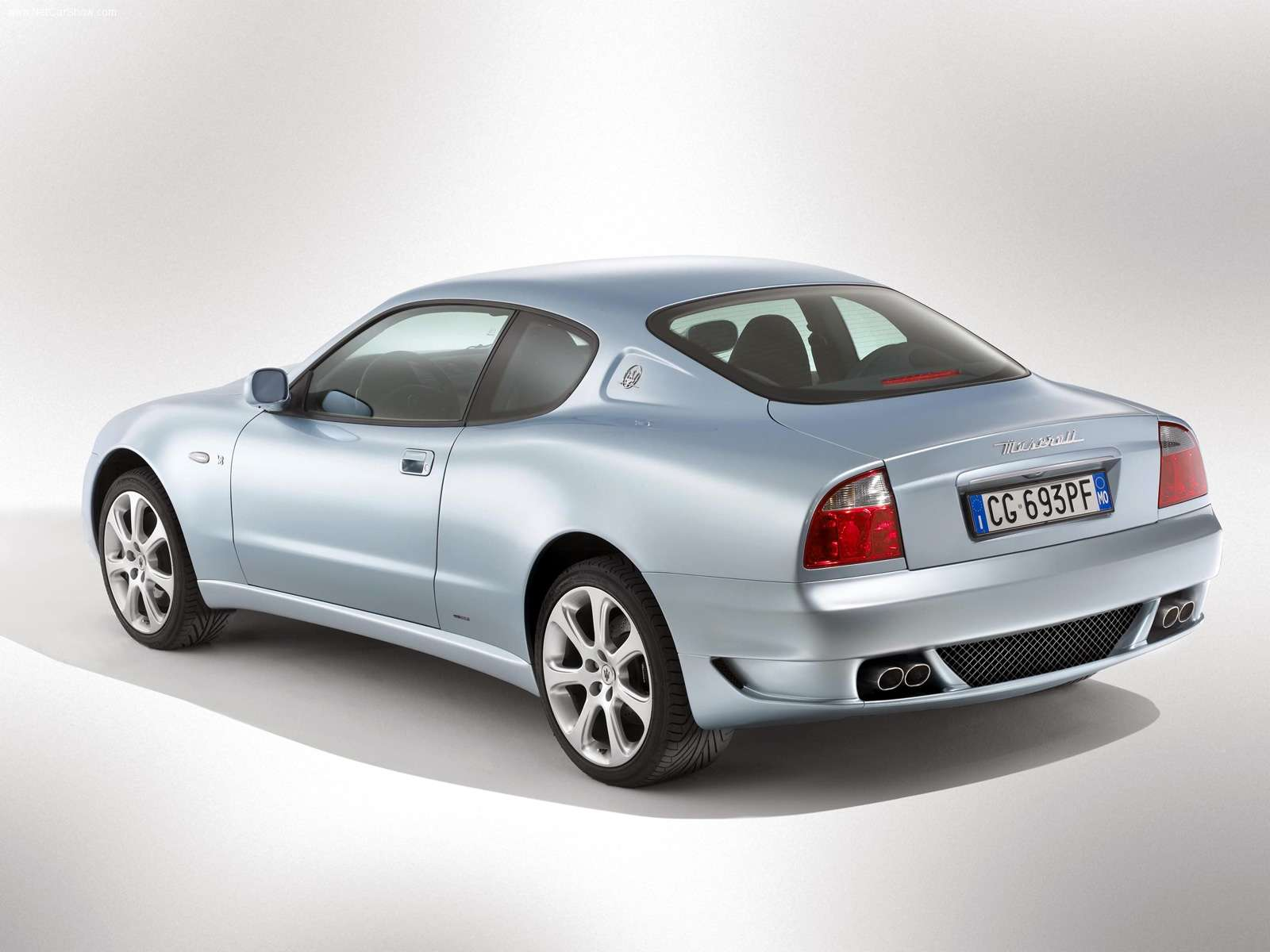Hình ảnh siêu xe Maserati Coupe 2005 & nội ngoại thất
