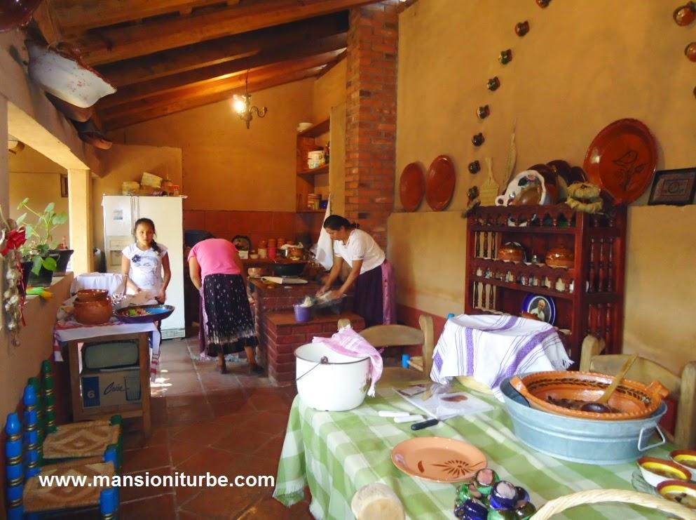 Cocina Tradicional dentro de los Hostales Tradicionales de Santa Fe de la Laguna