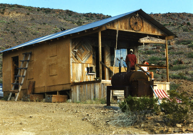 Texasnative00 hunting and product reviews rustic cabin in for Hunt texas cabins