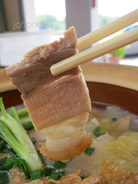 Cabbage-with-Roast-Pork-Claypot-Johor-Bahru