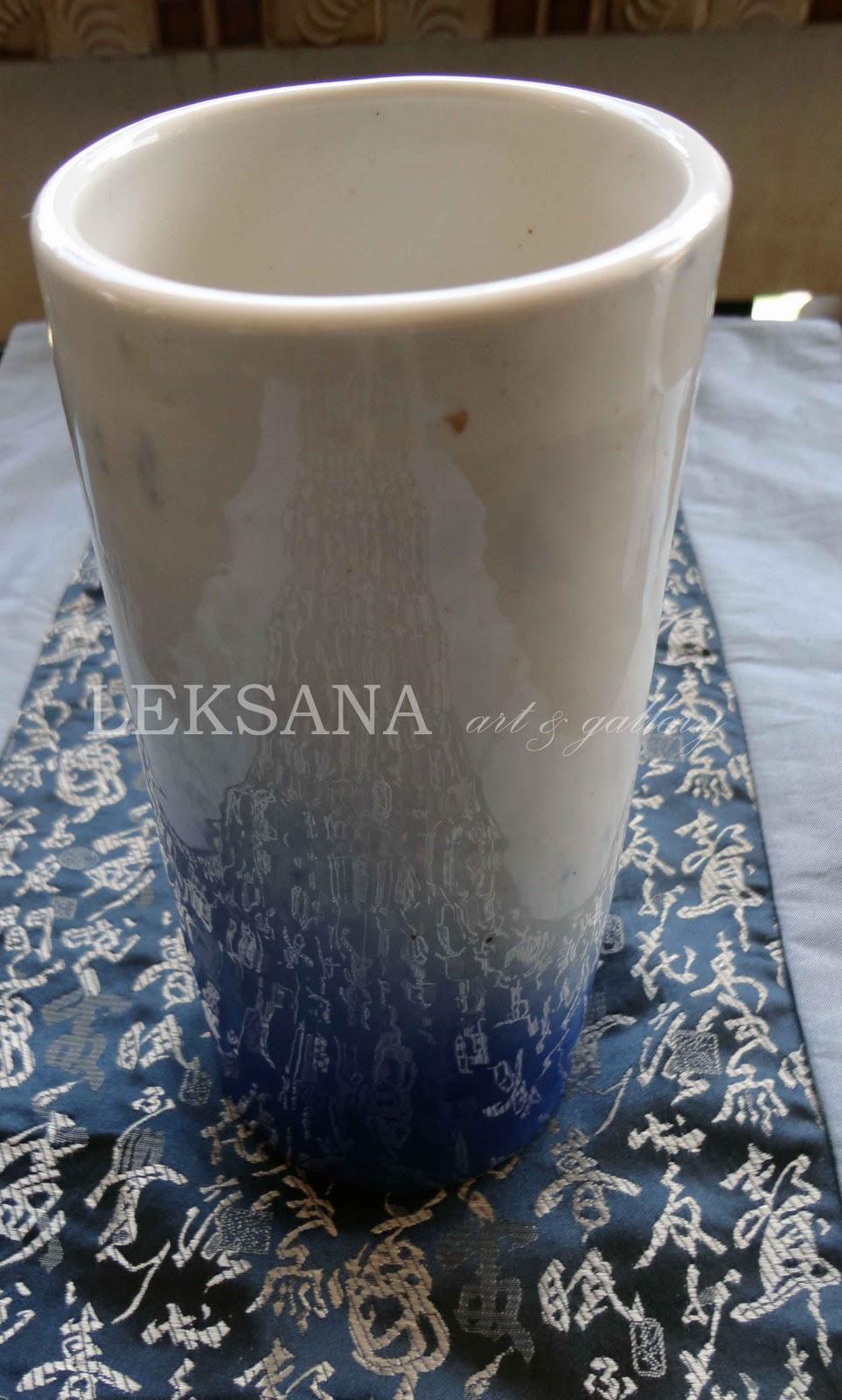 leksana art vas bunga keramik biru putih