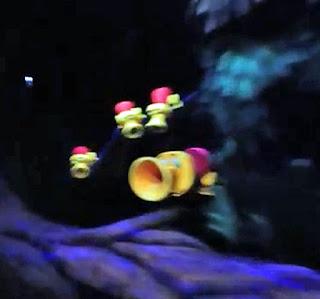 Horn Ducks Alice Dark Ride Wonderland Disneyland Tulgey