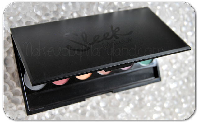 SLEEK-MAKEUP-I-DIVINE-IDIVINE-ULTRA-MATTES-V2-DARK-PALETTE-PALETA-SOMBRAS-MATE-AHUMADOS-ORBIT-INK-HIGHNESS-NOIR-DUNE-PILLOW-TALK-THUNDER-MAPLE-FLESH-PAPER-BAG-VILLAN-FERN-EYESHADOW-SOMBRAS-SWATCHES-PACKAGING-DIEZ-10-EUROS-BUENA-BONITA-BARATA-10-SOMBRAS-BUENA-CALIDAD-ALTA-PIGMENTACION-TEXTURA-SEDOSA