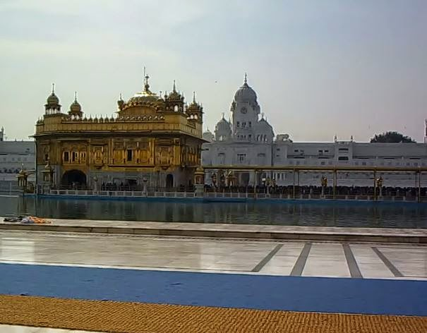 harmandir sahib amritsar - golden temple