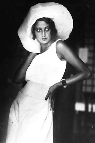 Renee Perle- Flashback Summer: 1930s Palazzo Pants and Fingerwaves