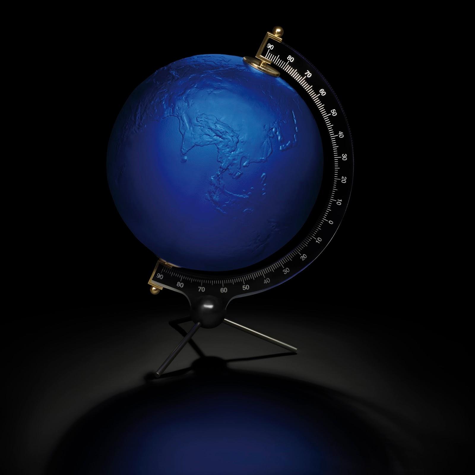 luxury4men yves klein by lalique la terre bleue. Black Bedroom Furniture Sets. Home Design Ideas