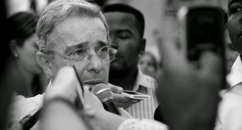 Uribe en plenaria del senado