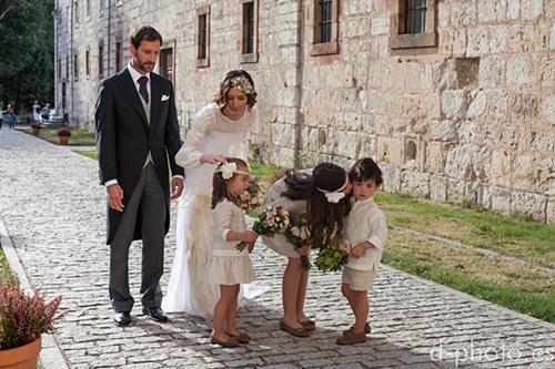 Trajes para damitas y pajes de boda, de Teresa y Leticia