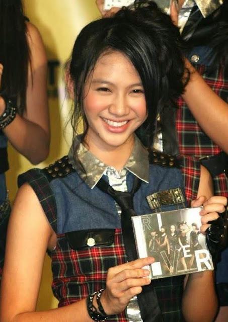 Shania JKT48 RIVER