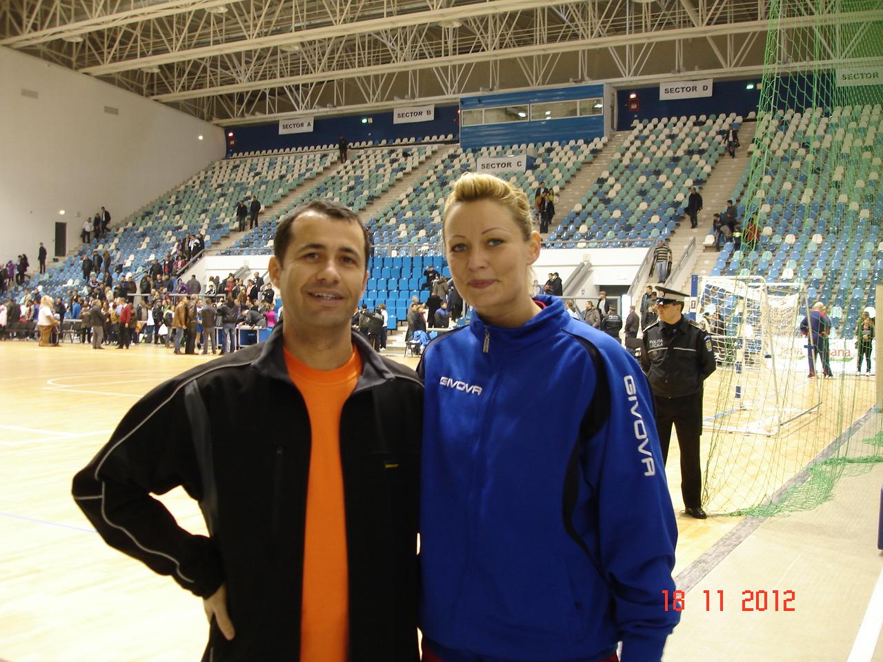 cu Gabriela Szucs in Polivalenta din Craiova