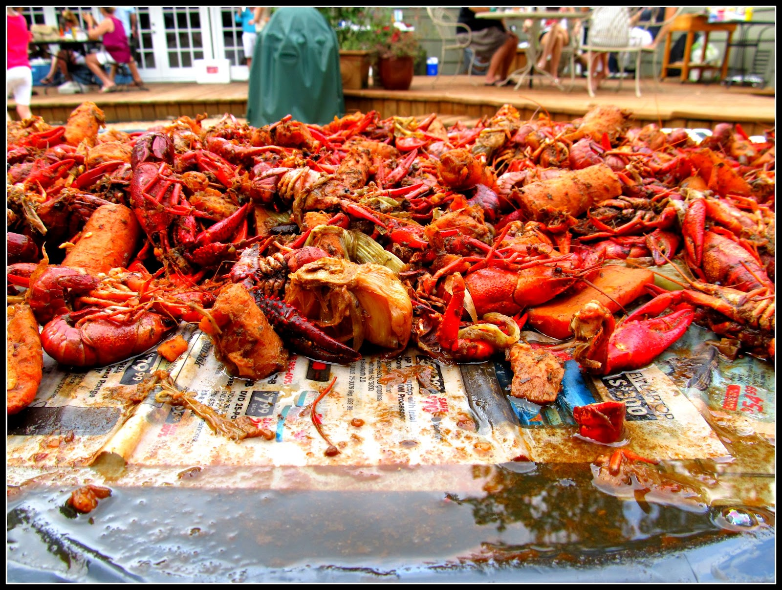 Greetings from texas crawfish boil last year around this time i wrote this and was pretty skeptical about the whole notion of eating crawfish a year later well i still pretty much feel kristyandbryce Choice Image