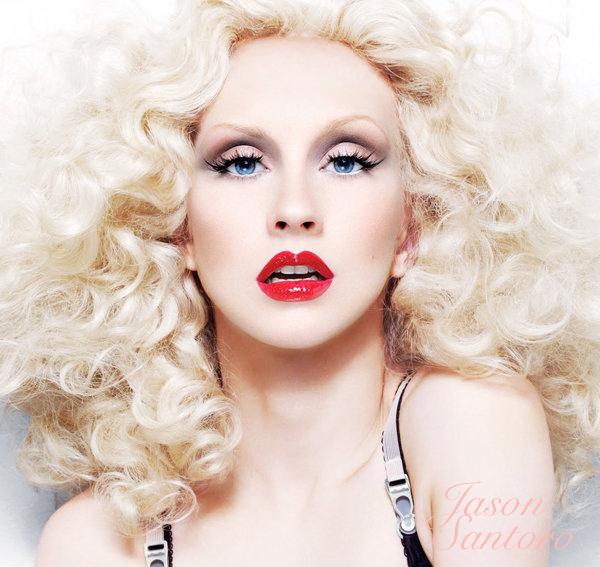 Christina Aguilera rises on BillBoard Country Charts with ShotGun.
