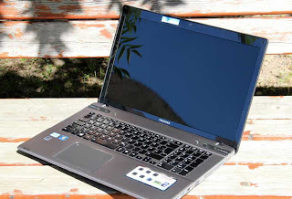 Toshiba Satellite P875-30E (P870-30E) Notebook Spesifikasi
