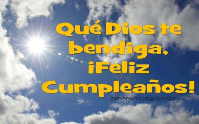 Dios te bendiga en tu nuevo año de vida. Feliz Cumpleaños amigo, amiga. Frases cristianas para felicitar cumpleaños. Mensaje.  Palabras para saludar hombre que esta cumpliendo años. Bendiciones para un cumpleañero.