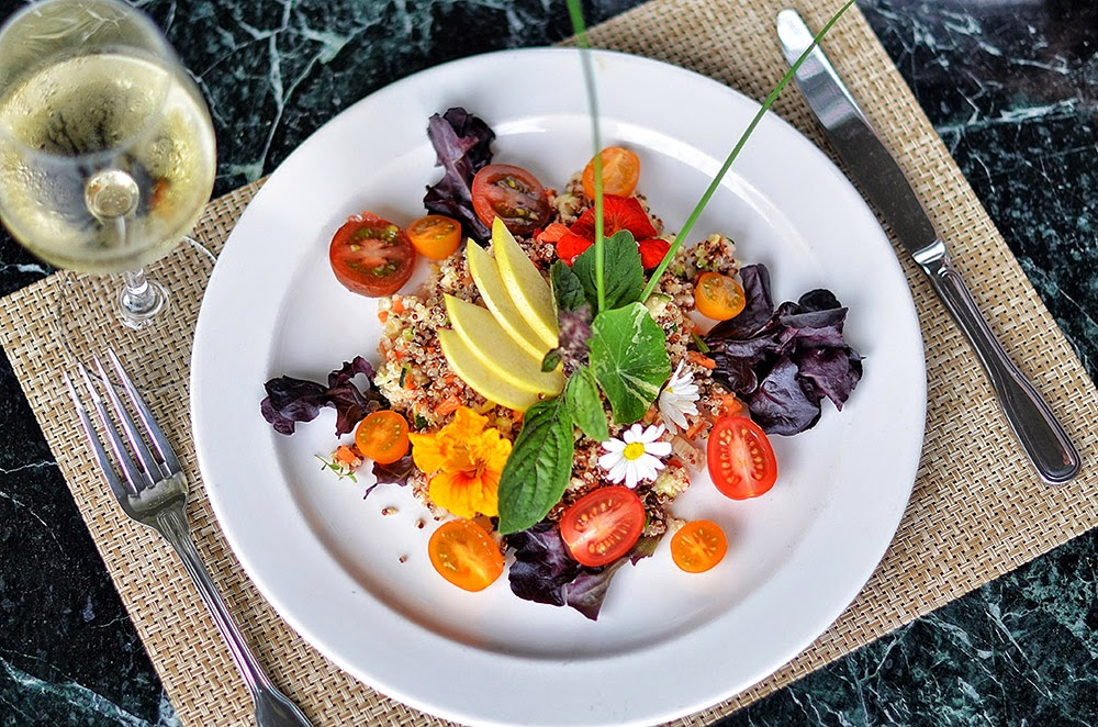 Summer Quinoa Salad Recipe - Cuts: Recipes for Every Day